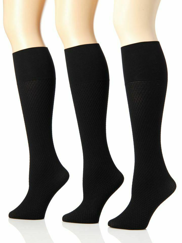 Sunny Socks Women's Plus Size Microfiber Links Pattern Trous