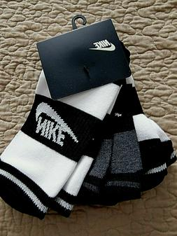 NEW Women's Nike Sportswear No Show Socks 3 Pack pairs Black